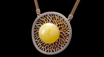 Chilli - Irek Glaza necklace amber gold diamonds
